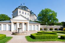 Castle Karlova Koruna ( Charle...