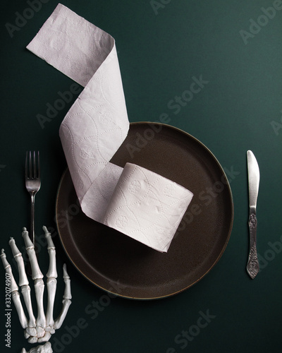 Photo Lunch during the coronavirus. Will you be full of toilet paper?
