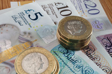 British Bank Notes And Pound Coins