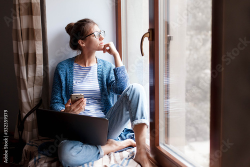 Fotografia Remote working from home office