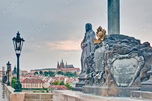 Obraz Charles Bridge crossing Vltava river. - fototapety do salonu