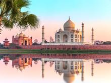Taj Mahal Beautiful Scenery, I...