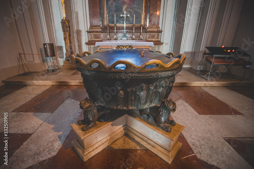 Vászonkép Baptismal fountain in which composer Wolfgang Amadeus Mozart was baptized