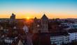 Sonnenaufgang über dem Dom St. Peter in Osnabrück