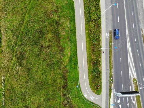 Obraz parking z lotu ptaka pusty pandemia  - fototapety do salonu