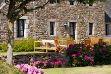 Terrasse Et Salon De Jardin En...