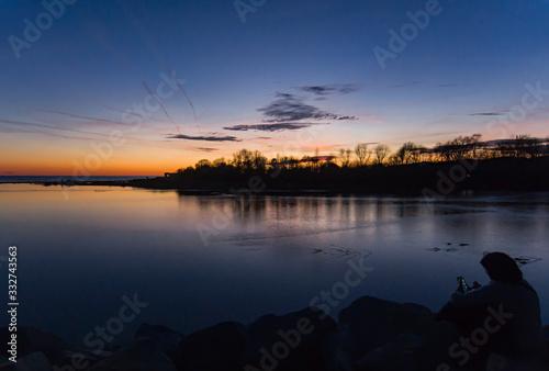 Photo Atardecer en el delta del rio