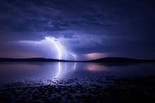 Massive Triple Lightning Over ...