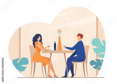 Fotografía Dating couple enjoying romantic dinner