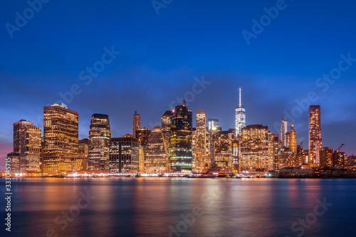 Fototapety, obrazy: New York City skyline at dusk