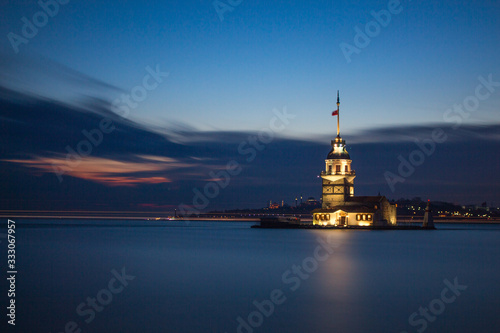 Nice sunset photo of Maiden's Tower (Kiz kulesi) In Istanbul , Turkey Canvas Print