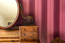 Vintage Antique Make-up Table ...