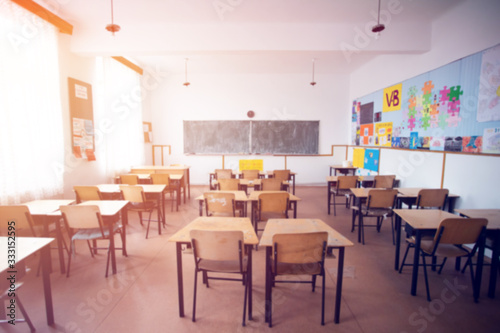Cuadros en Lienzo Blurred background of school classroom.