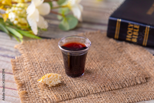 Fotografiet Taking communion and Lord Supper concept