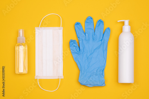 Protective equipment for prevention of virus infection such as hand sanitiser, s Poster Mural XXL