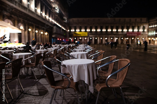 Cozy street cafe on St Mark's Square in evening Venice, Italy Canvas-taulu