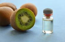 Kiwi Seed Cosmetic Oil And Sliced Kiwi