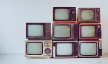Pile Of Old Retro Television I...