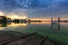 Pavlov Dock - A Picturesque Ba...