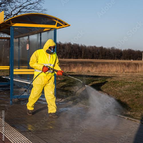 Fototapeta Desinfektion der Stadt nach der Coronavirus-Epidemie obraz