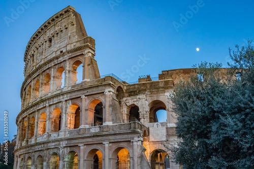Valokuvatapetti The Colosseum in Rome Italy