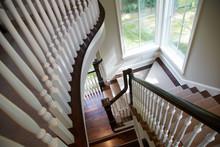 Beautiful Interior Curved Stai...