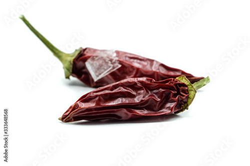 Canvas Print dried hot peppers isolated on white background