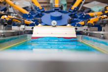 Silk Screen Printing. Serigrap...