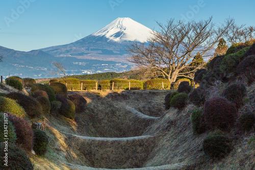 山中城跡公園から朝の富士山 Fototapete