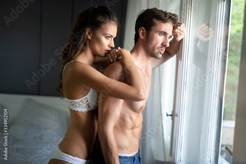 Photo Couple having arguments and sexual problems in bed