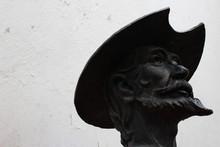 Don Quijote De La Mancha Busto