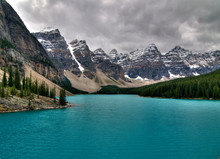 View From Rockpile Trail Lookout On The Enchanting Moraine Lake Banff National Park