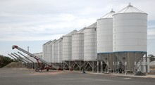 Augers And Silos At Tungamah V...