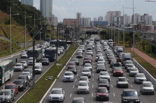 Fototapety, obrazy: vicicles during congestion in salvador