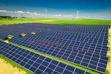 Stunning Solar Panels, Green F...