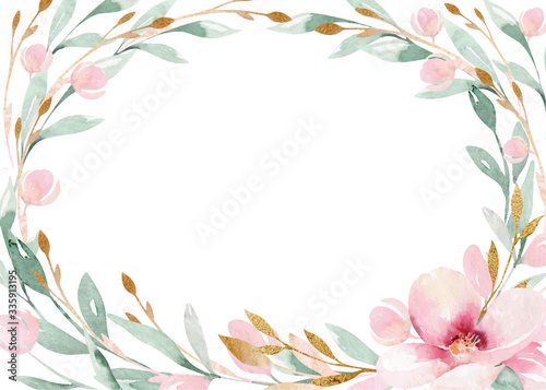 Spring bird on blooming branch with green leaves and flowers Fototapet