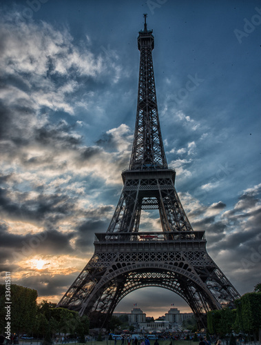 Fototapety, obrazy: eiffel tower in paris