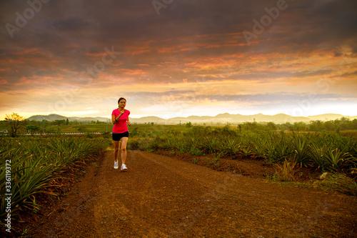 Fototapeta Asian woman jogging obraz na płótnie