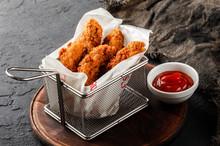 Fried Crispy Chicken Nuggets W...