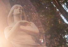 ángel En Cementerio