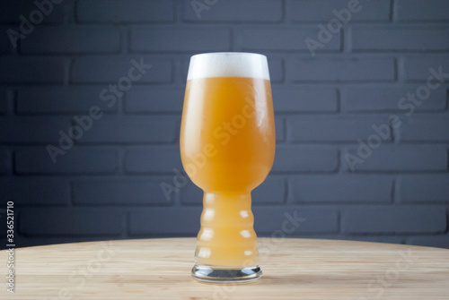 Brazilian craft beer.  Style: New England IPA or Hazy Pale Ale. Wallpaper Mural