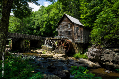 This is the Glade Creek Gristmill, located in Babcock State Park in West Virginia Canvas-taulu