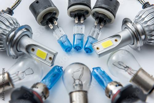 Fotografia Automotive headlamp bulb for repair isolated on white