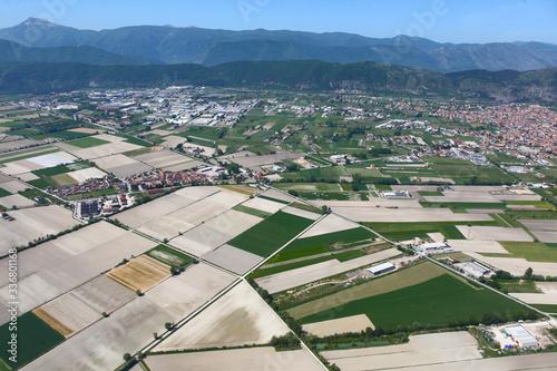 La conca del Fucino e la città di Avezzano, in Abruzzo Canvas Print