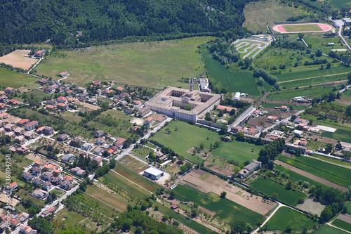 Abbazia di Santo Spirito al Morrone, in Abruzzo. Vista aerea Canvas Print