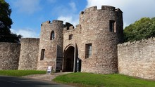 Beeston Castle - Entrance (this Is Not The Castle, It Is On The Top Of The Hill- In Ruins)