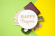 Leinwanddruck Bild - Symbolic Passover items and card on color background, flat lay. Pesah celebration