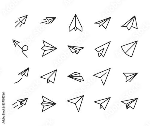 Paper plane line icons set. Fotobehang