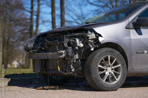 Fototapety, obrazy: car crash accident on street, damaged automobiles after collision in city