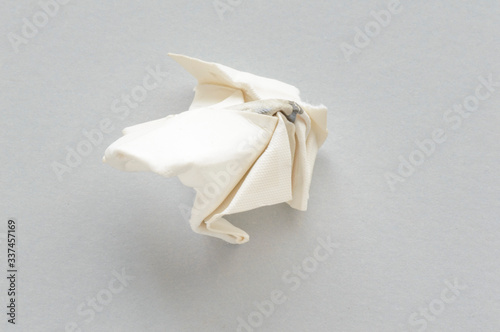 Fotografia High Angle View Of Handkerchief On White Background